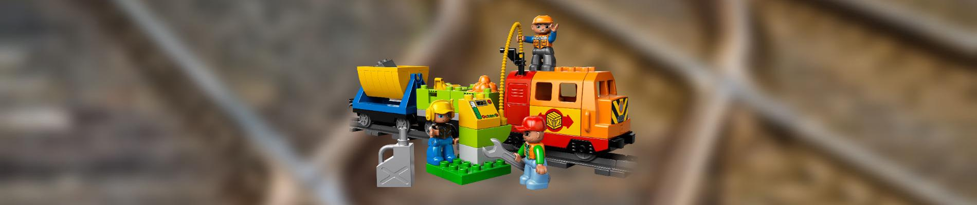 Repairing a Lego Duplo train engine from Delux train set